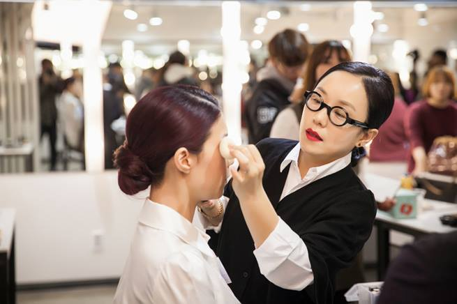 Behind the Rims and Red Lips: Korea's Top  Makeup Artist Jung Saem Mool