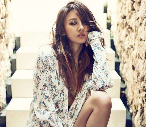 This Is How You Evolve Gracefully: Lee Hyori from K-Pop Superstar to Nature Goddess