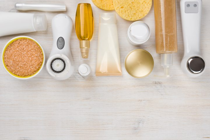 Your Ultimate Guide to Beauty Tool Cleaning: Brushes, Blenders, and Puffs