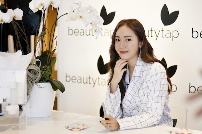 Jessica Jung's First West Coast Meet and Greet, Live at the Beautytap Pop-Up