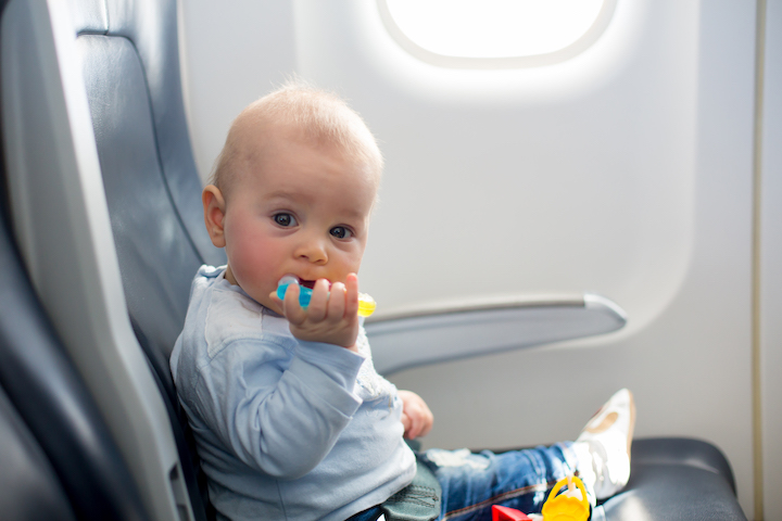 Babes on a Plane: How to Do Your In-Flight Skincare While on Mom Duty