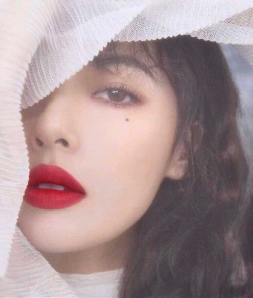 All the Korean Celebs Are Wearing Matte Lips This Fall — Why You'll Want to, Too