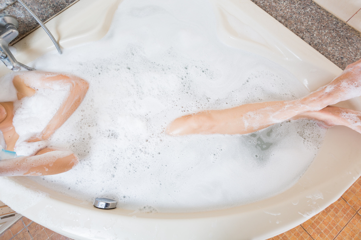 A Bath Queen Shows You How to Get Your Life With the Perfect Indulgent Bath