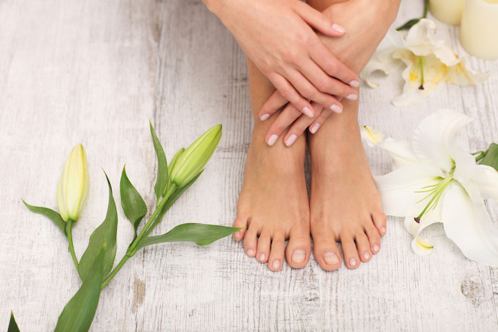 These Masks Make It So Easy to Get Your Feet & Hands Ready For Sandal Weather