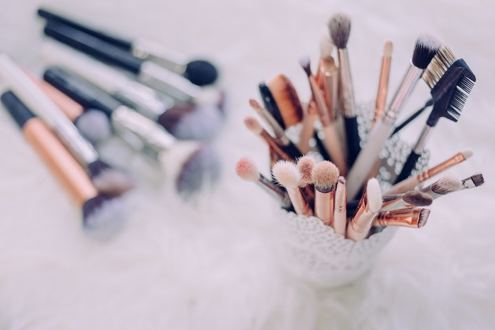 cleaning your makeup tools