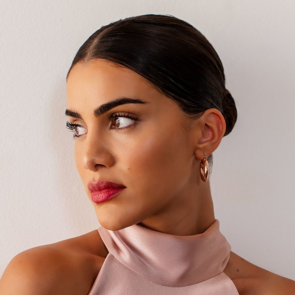 How to Transition Your Beauty Routine Into Fall, According to Instagram Star Camila Coelho