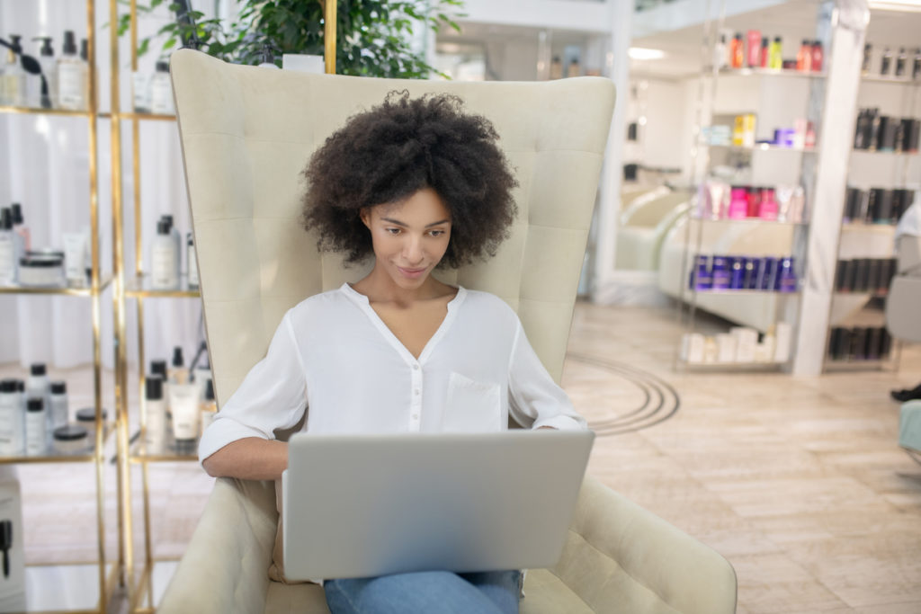 Top 6 Steps To Launching Your Own Successful Beauty Business