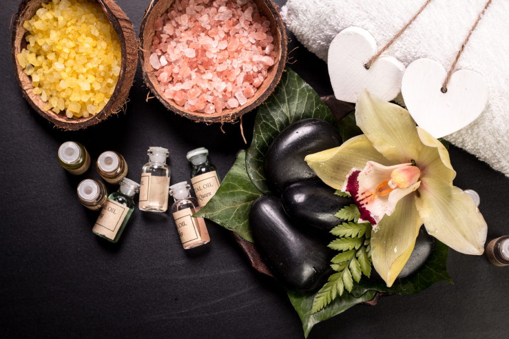 """People Are Raving About The """"Life Changing"""" Benefits Of Salt Therapy - Here's Why"""